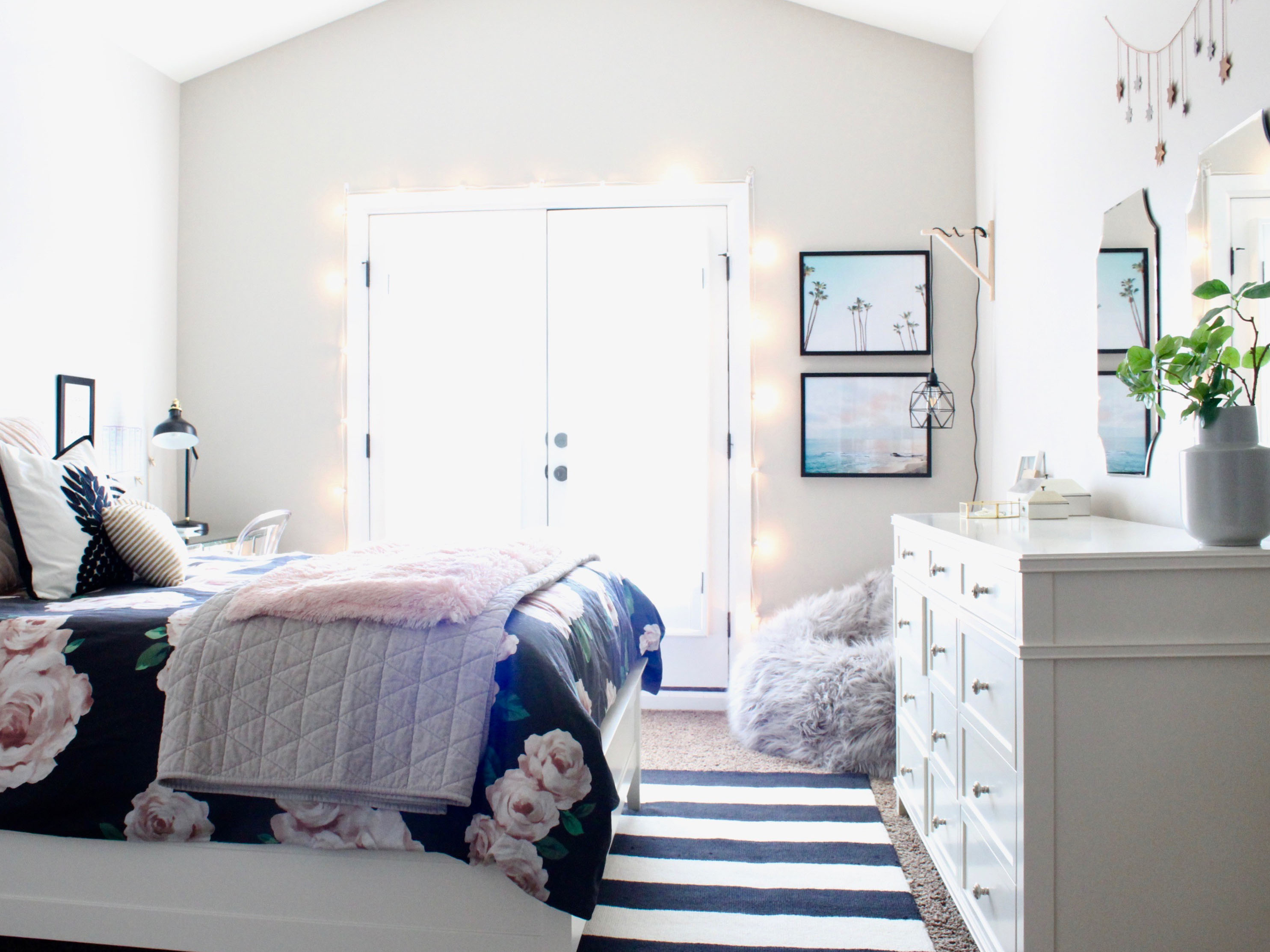 Updated Modern Teen Bedroom - AFP Design